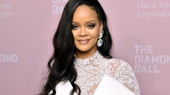 Rihanna is the World's Richest Female Musician with a Reported $600 Million Fortune